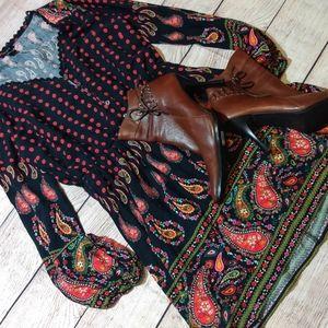 Forever 21 black & blue Paisley dress